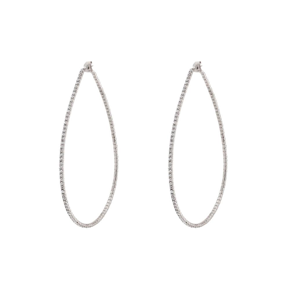 Ladies' metallic earrings in silver color